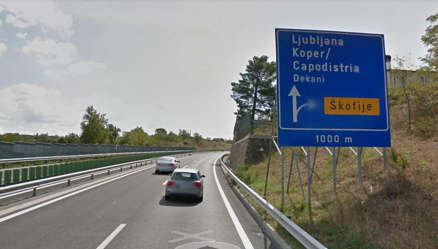slovenia-roadsign